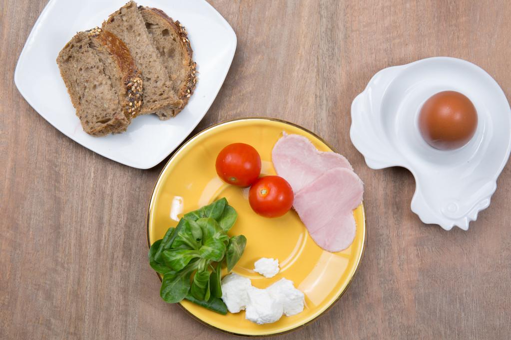 鸡蛋常见,常吃对白癜风恢复有好处吗